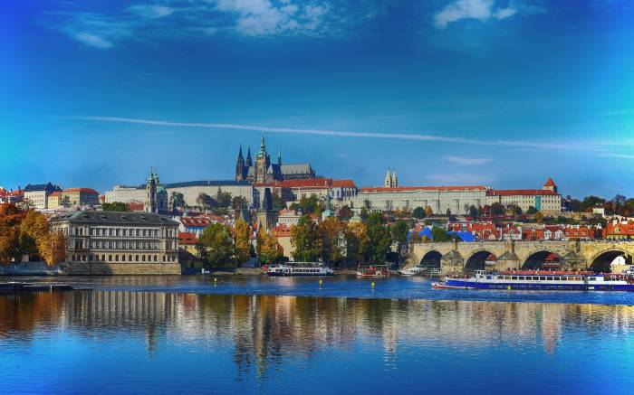 Grand City Tour – the Best of Prague
